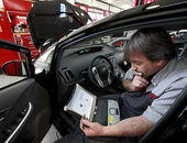 Hacks op auto's: de gevaren en uitdagingen voor de industrie