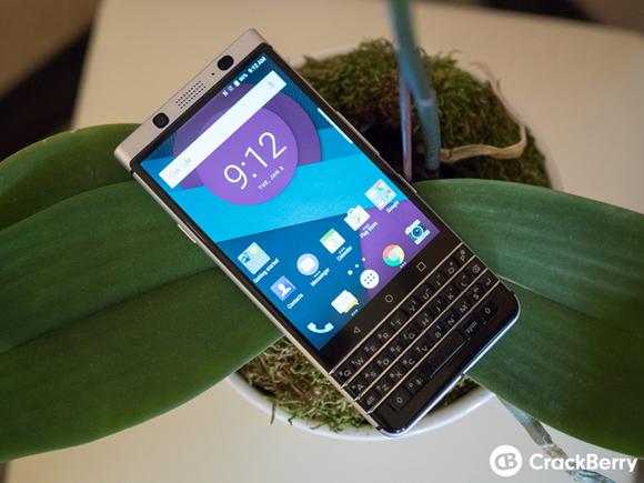 Onthulling Blackberry Mercury op MWC